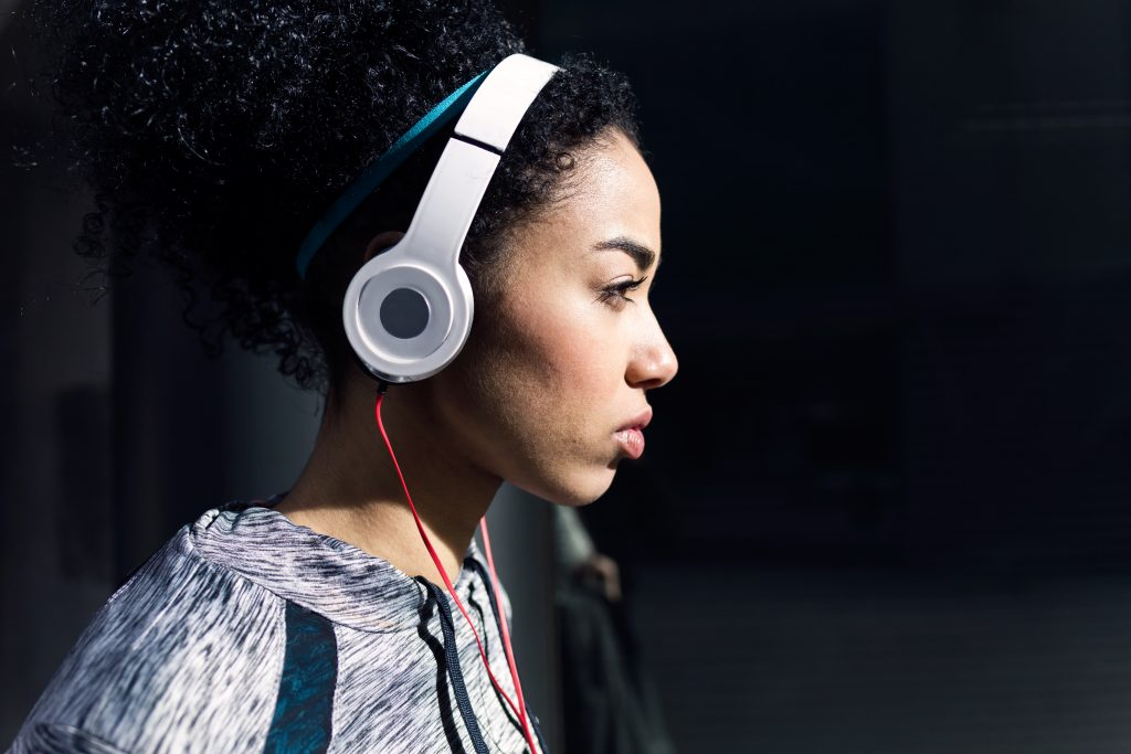 Use Great Music to Motivate Your Workout at Elevate Fitness